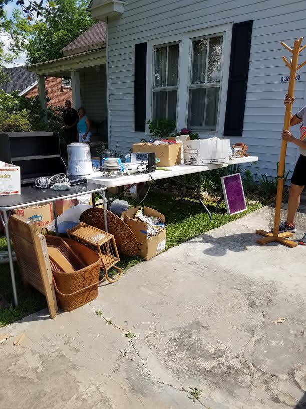 yard sale13