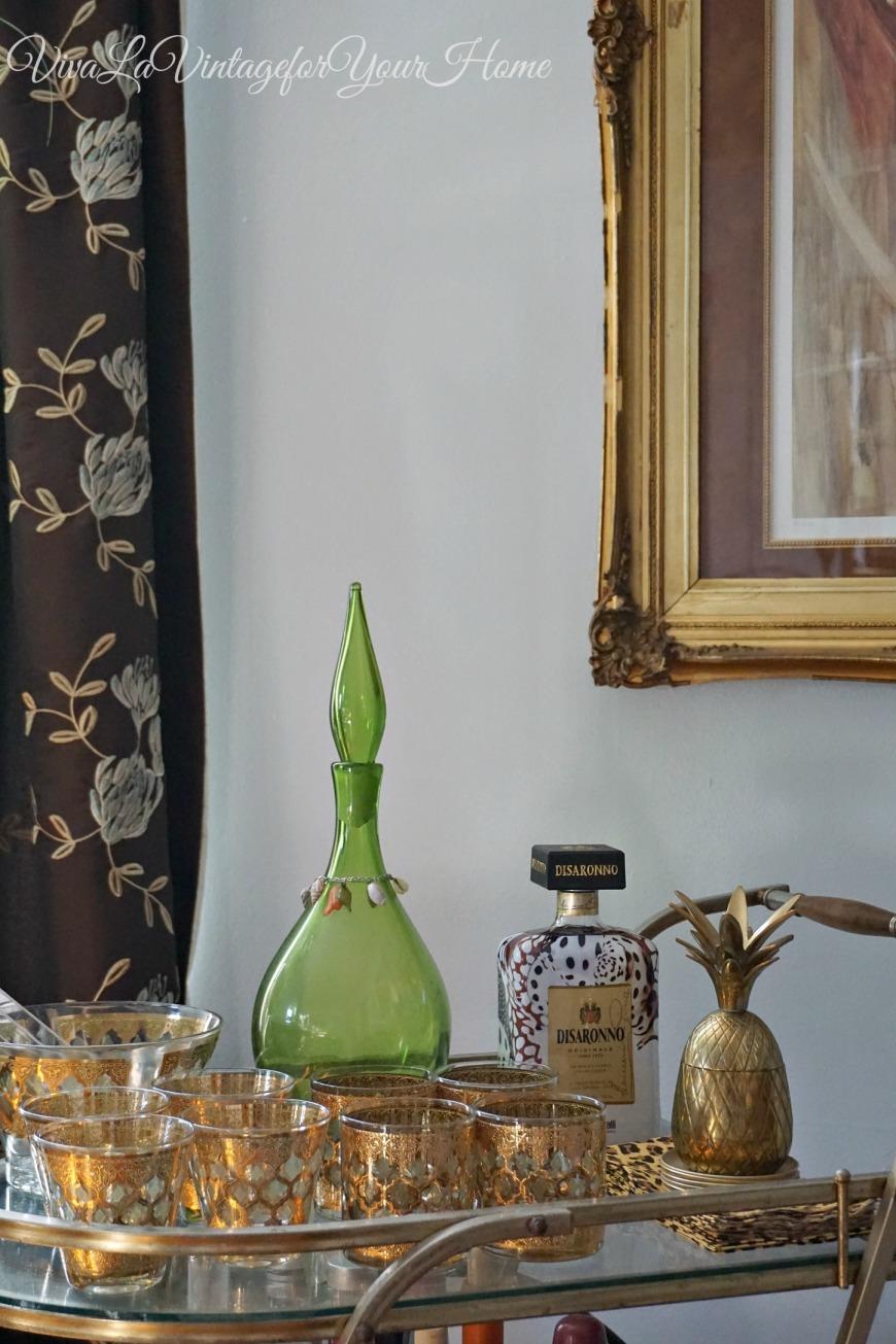 decanters8 Top Vintage Decanter Looks To Love by Jamala of Viva La Vintage